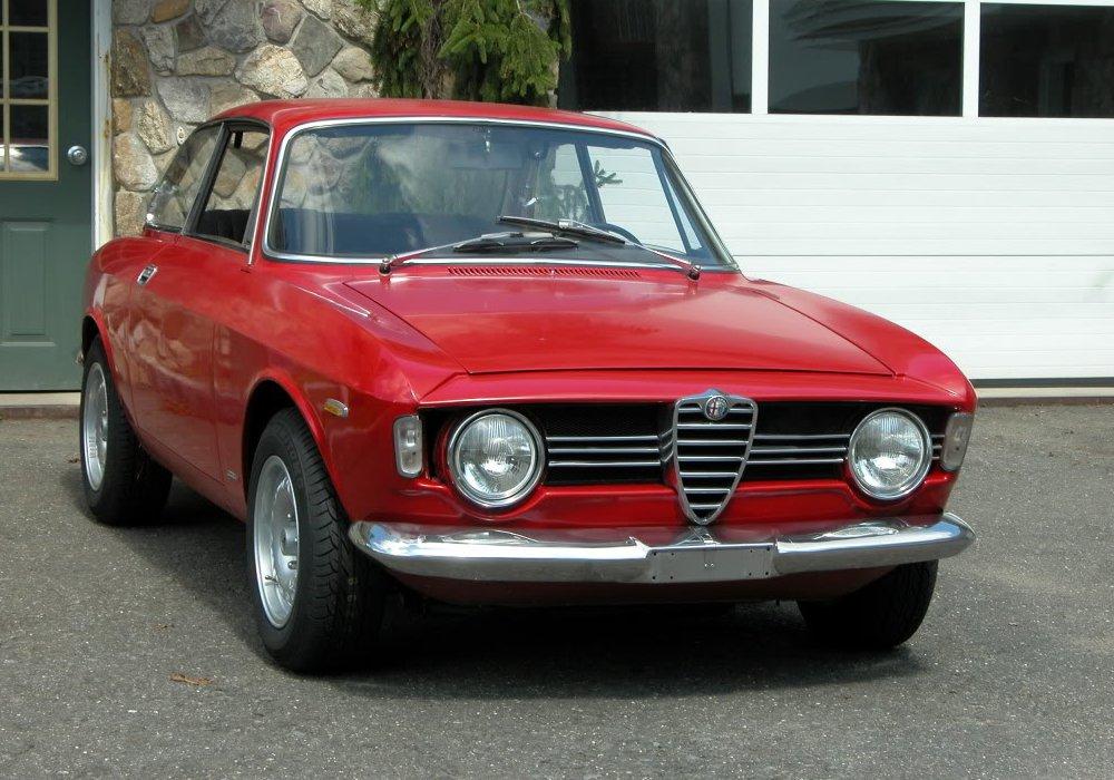 Alfa romeo giulia sprint gtv , itálie 1967 (1966-1968)