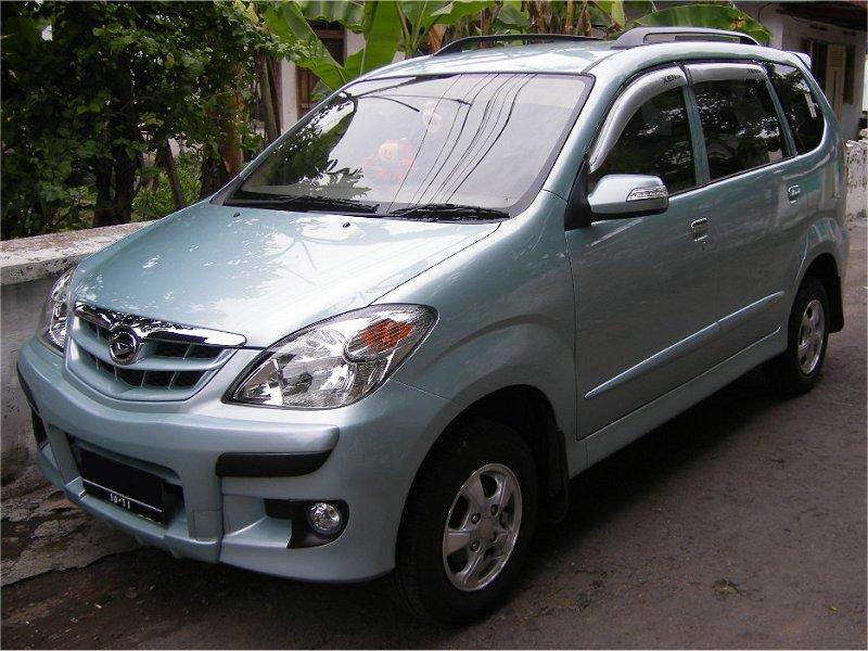 Daihatsu Xenia 15 2008 Auta5P ID3769 FR