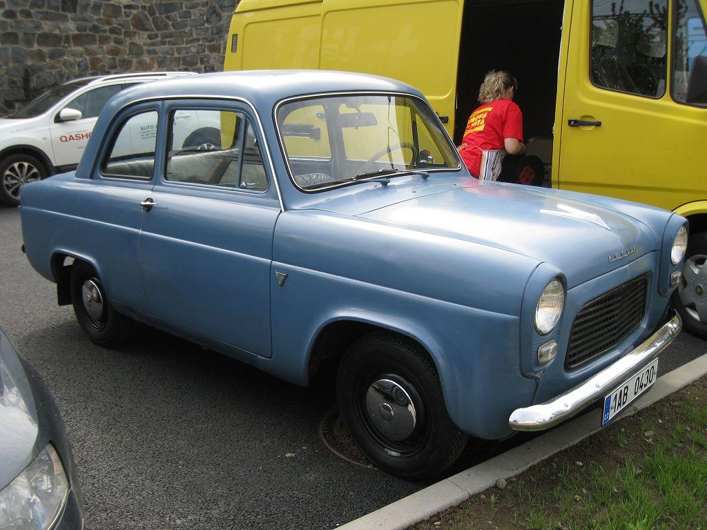 ford escort anglia id