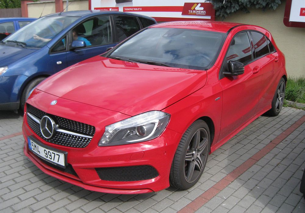 Mercedes benz a 250 sport 4matic 2014 auta5p id 20462 rus for Benz sport katalog