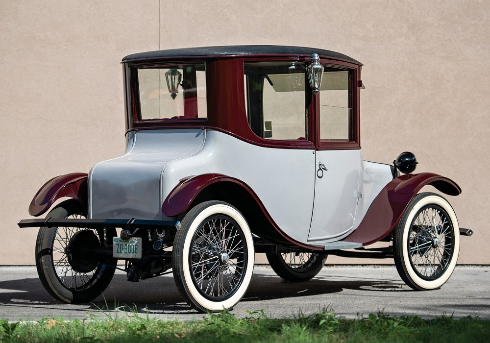 Milburn Electric Model 27 Brougham