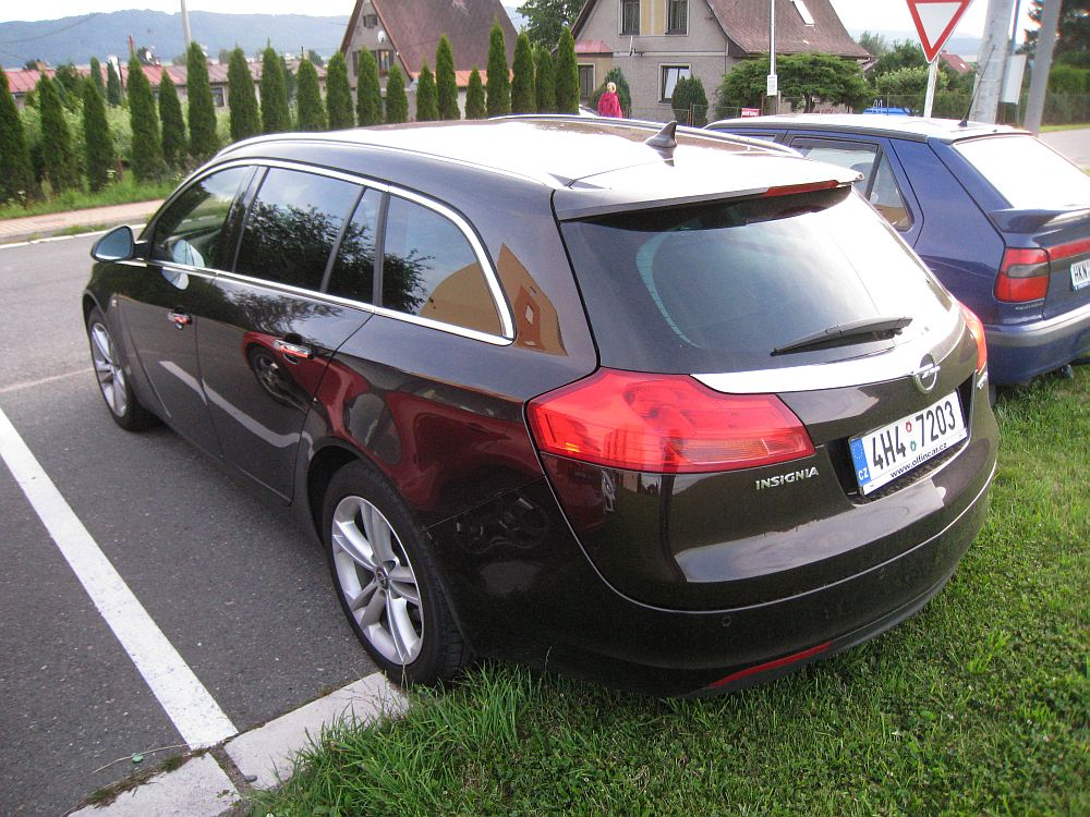 opel insignia sports tourer 2 0 cdti 4x4 2012 auta5p id. Black Bedroom Furniture Sets. Home Design Ideas