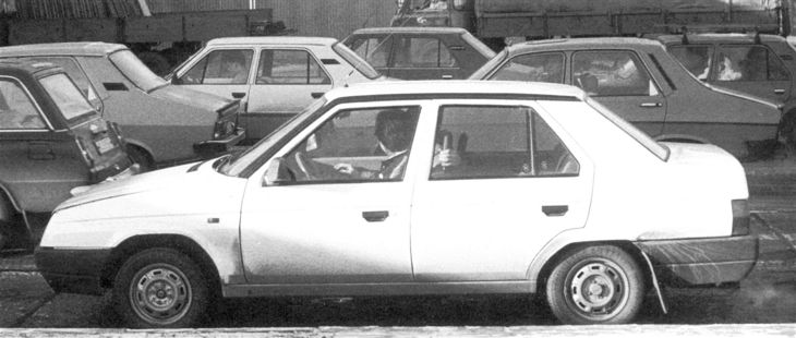 Škoda 782 Favorit Sedan