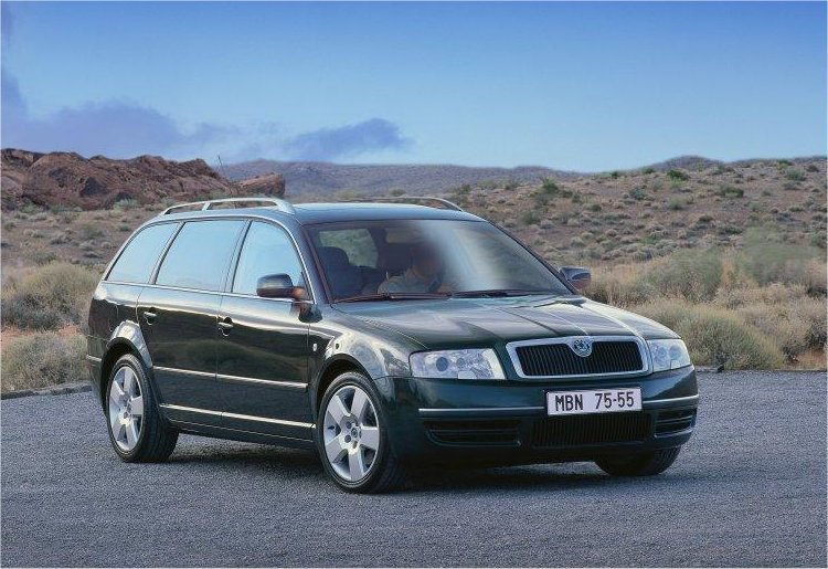 Skoda Superb Wagon >> Škoda Superb Combi, 2002 [Auta5P ID:14382 EN]