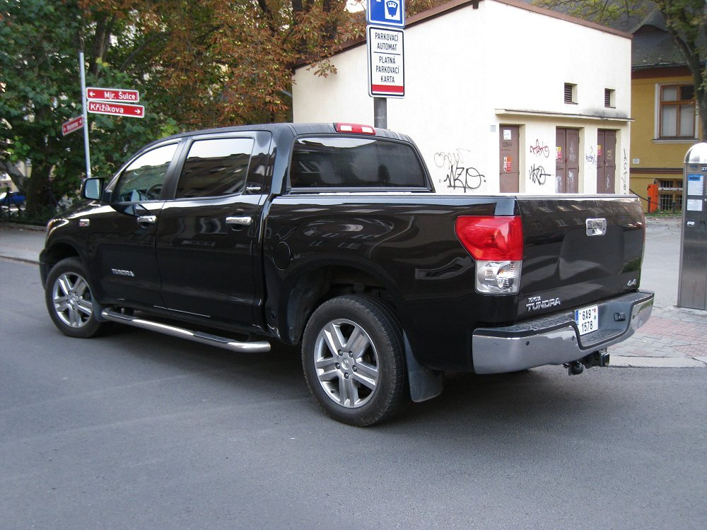 tundra towing capacity 2011 autos post. Black Bedroom Furniture Sets. Home Design Ideas