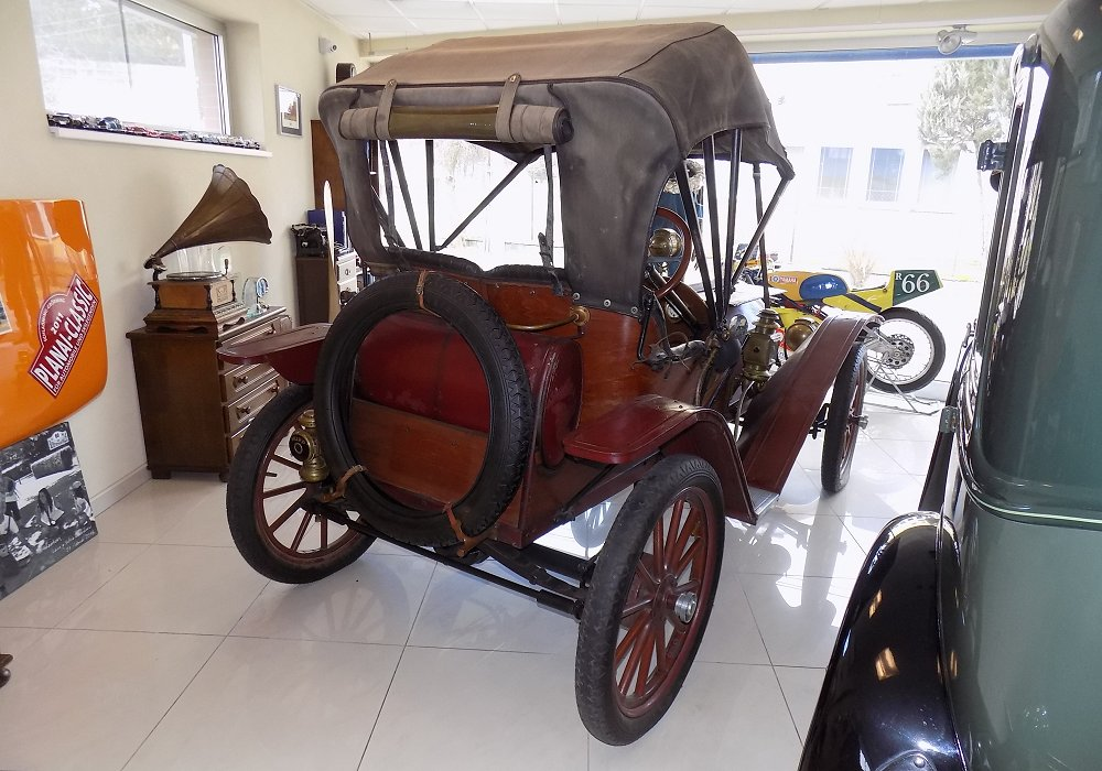 Hupmobile Model 20 Runabout