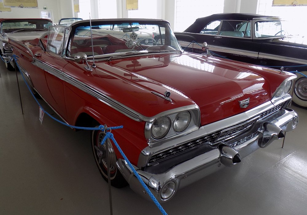 Ford Galaxie Sunliner 200 HP, 1959