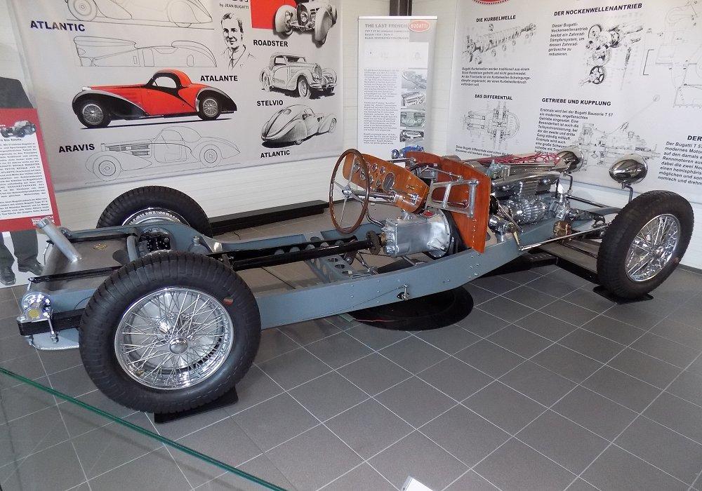 bugatti type 57 sc roadster 1938 auta5p id 23058 cz. Black Bedroom Furniture Sets. Home Design Ideas