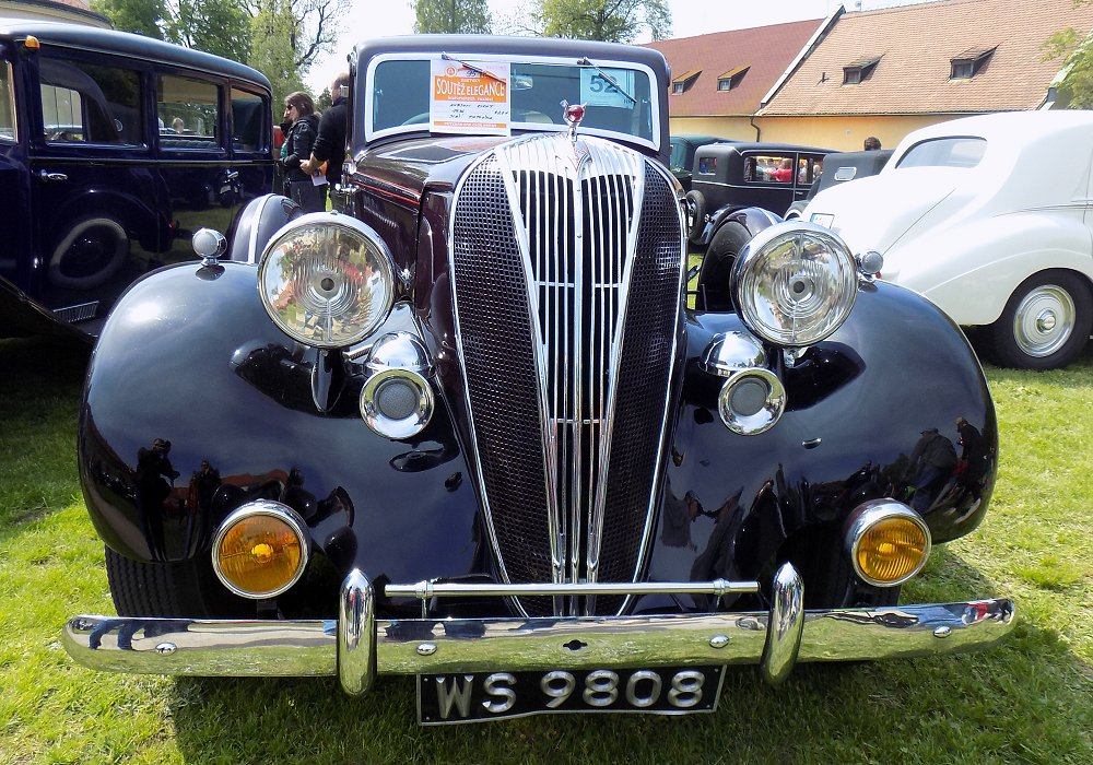 Hudson Eight Special Sports Saloon