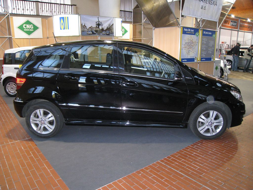 Mercedes-Benz B 180 NGT