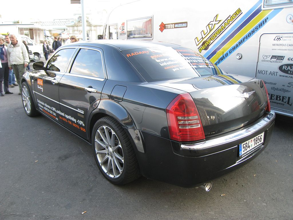 Chrysler 300 C 5.7
