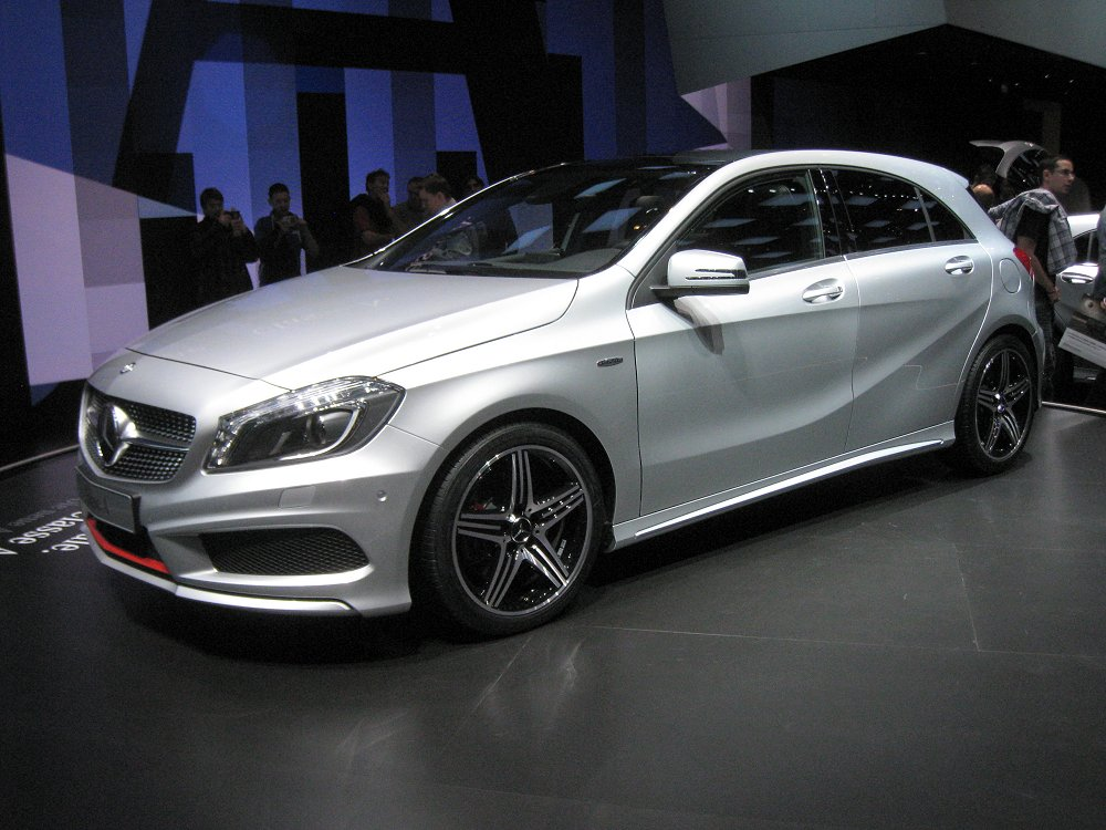 mercedes benz a 220 cdi amg sport 2012 auta5p id 18148 en. Black Bedroom Furniture Sets. Home Design Ideas