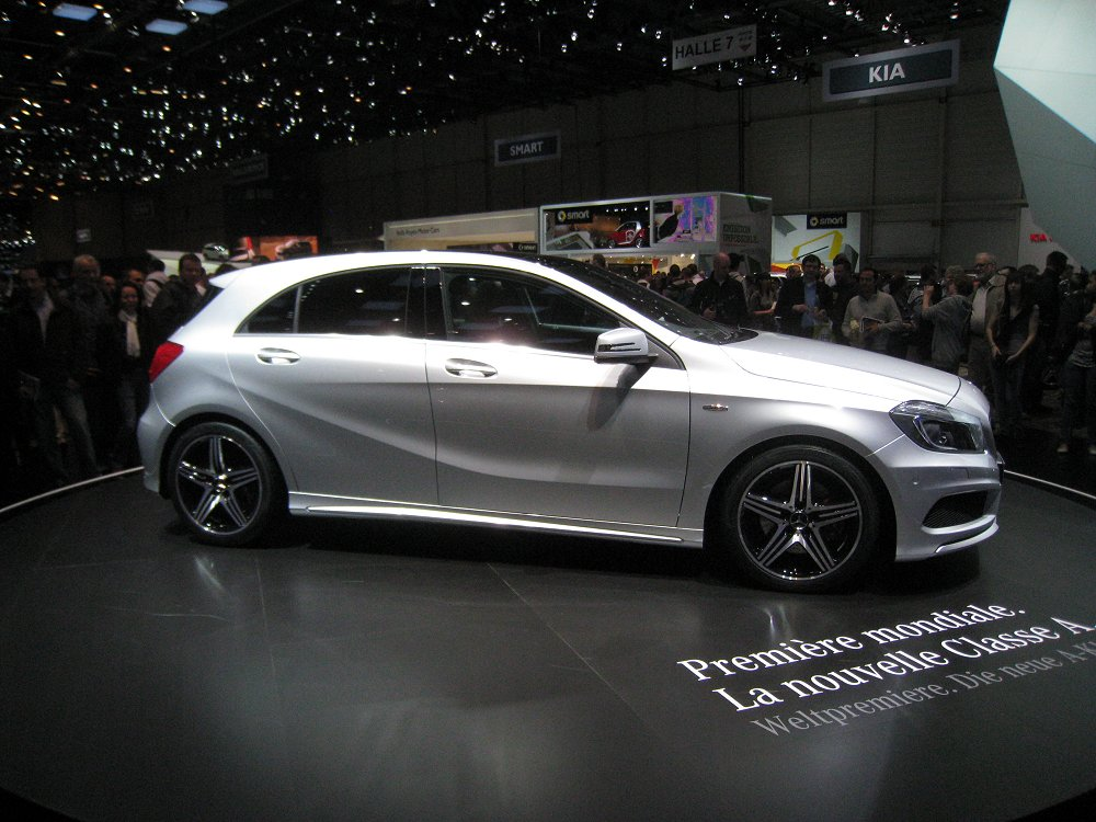 mercedes benz a 220 cdi amg sport 2012 auta5p id 18148 ger. Black Bedroom Furniture Sets. Home Design Ideas
