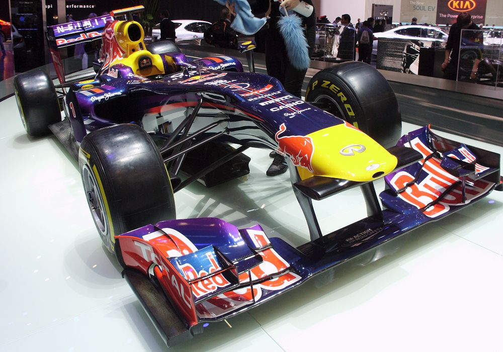 Red Bull RB9 Renault F1 V8