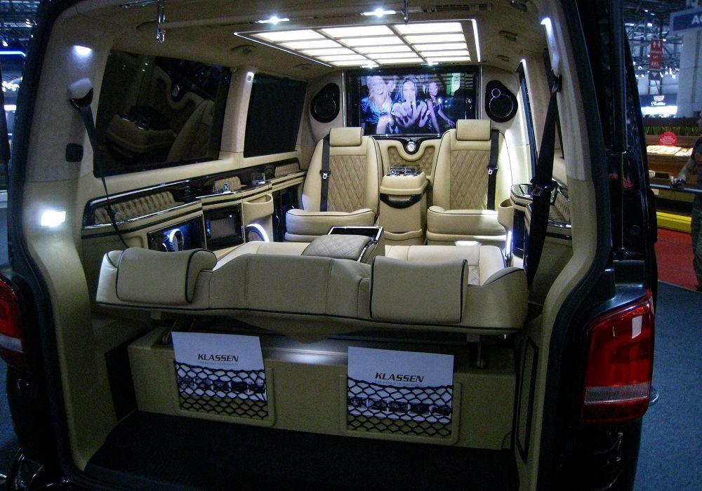 Klassen Volkswagen T5 Luxus Business Van, 2014 [Auta5P ID:20201 EN]