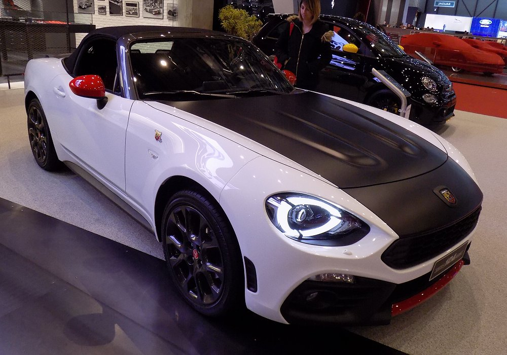 Abarth 124 Spider AT